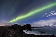 Photographer at work. (Kjartan Guðmundur) Tags: sea sky canon stars landscape iceland nightscape ísland reykjanes northernlights auroraborealis norðurljós canonef1635mmf28liiusm canoneos5dmarkiii kjartanguðmundur