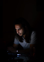 Busy! (aleksandra_nar) Tags: man dark laptop busy smoothlight