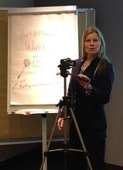 Moderation trainieren - die drei wichtigsten Punkte (prnews24) Tags: training coach podiumsdiskussion moderation vorbereitung auftritt lampenfieber kommunikationstraining eventmoderation redenhalten redenschreiben