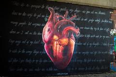 Graffiti mit Herz und Verstand unter der Friedensbrcke (S. Ruehlow) Tags: graffiti frankfurt graffito brcke westhafen friedensbrcke gutleut gutleutviertel westhafengebiet