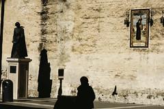 Descendencia en penitencia (DANG3Rphotos) Tags: life street camera woman inspiration art love look this photo calle nikon women artist foto shadows shot photos religion creative streetphotography like style vision streetphoto fotografia imagen ver sanlucar 2015 creativo nikonista d7100 dang3r dang3rphotos