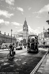 London (phil.guadagni) Tags: city urban social londra biancoenero