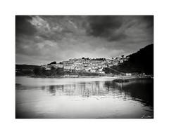 Pueblo de Lastres (Jaime Martin Fotografia) Tags: sea blancoynegro nature port asturias