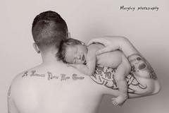 pre/fils par Marybey photography (MaryBey) Tags: family famille blackandwhite baby nikon posing nb newborn bb nouveaun prefils