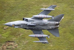 LOW LEVEL (Dafydd RJ Phillips) Tags: aviation military mach loop royal air force raf marham panavia tornado gr4 zd716