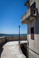 Vakantie Kroati & Sloveni 2015 (redijkstra) Tags: vakantie balkon muur motovun lantarenpaal kroati