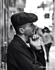 Titi de Paris ..... (Olivier_Vasseur) Tags: bw man paris french style casquette titi homme