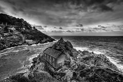 Polperro - Cornwall IV (Jan Altenschmidt) Tags: greatbritain beach bw seascape england cornwall langzeitbelichtung polperro vereinigtesknigreich gb