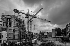 en construction (Patrice Dx) Tags: forest construction bruxelles ciel chantier urbanisation grues paysageurbain