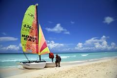 Hobie Cat in Cayo Santa Maria (Cuba) (Antonio Cinotti ) Tags: sea beach latinamerica clouds boat nikon cuba hobiecat catamarano cayosantamaria d7100 melialasdunas nikon1685 nikond7100