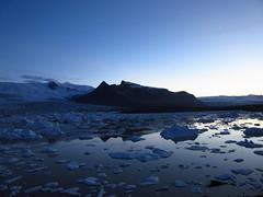 IMG_7093 (NapoleonIsNotDead) Tags: light sunset lake water sunshine landscape iceland reflex view secret small lagoon hidden jkulsrln glacial vatnajkull icebarg