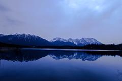 Blue Day (dretschi) Tags: lake reflection bayern see spring wasser himmel berge blau frhling karwendel krn spiegelungen klais barmsee schttelkarspitze karwendelpanorama