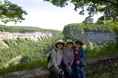160614 The Gorge Trail (BY Chu) Tags: newyork genesee geneseeriver letchworthsp thegorgetrail