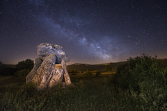 Sorginetxe VL (Aitzol Arruabarrena) Tags: nightshot nocturna euskalherria milkyway vialactea agurain gauekoa