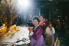 IMG_9457 (walkthelightphotography) Tags: korean wedding traditional singapore beautifulshangrila ritualpeople couple together marriage unite love shangrilahotel