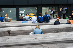 I've Stopped Watching TV (Torsten Reimer) Tags: nyc newyorkcity windows people usa chelsea manhattan taxi unitedstatesofamerica watching benches highline
