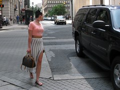 IMG_8704 (ViewFromTheStreet) Tags: street woman philadelphia girl female photography calle dress legs pennsylvania top sandals candid streetphotography purse flip flops tight broad blick midriff broadstreet viewfromthestreet vftsviewfromthestreet blickcalle