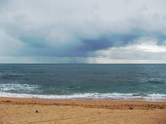 pb280013 (Emilio J. Rodrguez-Posada) Tags: ocean blue sea costa beach water azul coast mar agua playa cadiz oceano lacaleta playadelacaleta