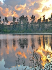 P1220521 (SeppoU [Read 'About' for info!]) Tags: sunset cloud lake suomi finland lumix august panasonic järvi auringonlasku pilvi lohja nummi elokuu 2013 copyleftby seppouusitupa