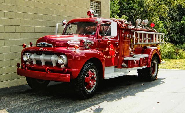 newyork ford southwales firetruck bigjob f7 oldfiretruck