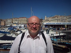 FreD. Vieux Port, Marseille. (Only Tradition) Tags: bear gay haircut france male men neck frankreich pattern fat bald frana mature mpb frankrijk francia franca baldness chauve calvicie calvitie franciaorszg  calvizie frana