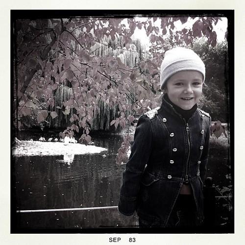 — Бабушка, а что такое «пеликаны»? — Наверное, город в Молдавии...