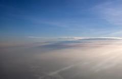 Sierra Nevada de Santa Marta (CAUT) Tags: sky mountain silhouette plane airplane nikon october colombia aircraft aviation flight sierra cielo octubre silueta montaa sierranevada flugzeug avin avion vuelo aviacin aviacion avianca d90 caut 2013 sierranevadadesantamarta nikond90 av9755 vueloaviancaav9755 ctgbog