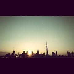 dubai life. #sandyweather #dusty #friday #mydubai #myabudhabi #Dubai #AbuDhabi #meyden #Emirates #UAE #emarat #nyc #world #weather #sandy #windy #photography #instaweather (zayed_almaktoum) Tags: world nyc sunset dusty weather photography dubai sandy uae windy emirates abudhabi friday emarat instaweather meyden burjkhalifa mydubai myabudhabi sandyweather