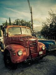 Vans Retro (David Cucaln) Tags: city sky urban cars vintage highcontrast ciudad retro cielo vans urbano coches vehiculos camionetas 2014 altocontraste cucalon davidcucalon fujifilmx20