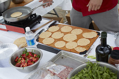 _94A0375 North Hills Farmers Market Chef Event 4.30.16 (Visit North Hills) Tags: farmersmarket midtown local mura ironchef northhills 2016 strwberry surlatable shoplocal midtowngrill midtownraleigh midtownevents northhillsevents terrencejonesphotography