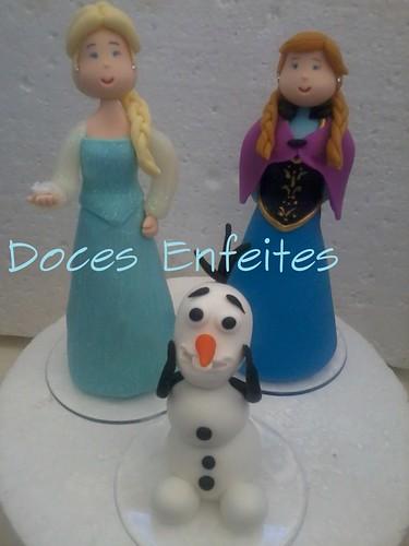 Festa Frozen (topo de bolo em biscuit)