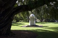Memorial (Padmacara) Tags: kingspark shadowlight d7100 nikkor18140