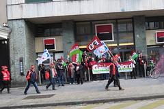manif_28_04_lille_142 (Rmi-Ange) Tags: lille pcf fo unef sant tudiants manifestation tudiant grve cgt syndicat syndicats sociaux lutteouvrire mouvementjeunescommunistes 28avril partidegauche frontdegauche sudsolidaires loitravail