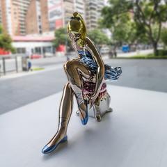 bailarina urbana (Luis_Garriga) Tags: sculpture reflections buenosaires ballerina arte steel dancer escultura espejo urbano museo stainless jeffkoons bailarina reflejos acero inoxidable inox malba