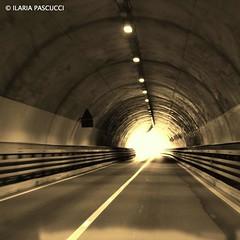 galleria (ilaria_pascucci_photographer) Tags: canon dettagli prato galleria gattonero eos1200d