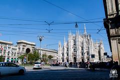 Piazza del Duomo (andrea.prave) Tags: milano milan  mailand     milanoinfoto italia italy  cattedrale cathedral catedral cathdrale    kathedraal kathedrale duomo square piazza cuadrado carr platz