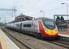 390016 Rugby (anson52) Tags: virgin emu 390