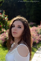 DSC_1303+ (SuzuKaze-photographie) Tags: portrait woman lyon bokeh femme parc swirly helios442 suzukazephotographie