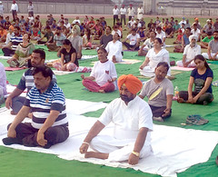 Yoga Day has become a mass movement across the world - Grewal (bjpsukhminderpalsinghgrewal) Tags: bjp sukhminderpalsinghgrewal narendramodi primeministerofindia usa india newyork america mask bombay mumbai elections primeminister rss peda pfc grewal paic swamivivekananda bharatiyajanataparty udyogsahayak psiec abvp akhilbharatiyavidyarthiparishad pictc bjpkisanmorcha bjpinvestorcell wwwbjpindiain bjppunjab bjpchandigarh bjpgujarat bjprajasthan bjpbihar bjpmaharashtra wwwpsiecgovin wwwbjppunjaborg wwwpunjabbjporg bjpludhiana sukhminderpal singh bjym ludhianabjp punjab vidhansabhahalkawest manoharlalkhattar ramshankarkatheria rashtriyasikhsangat