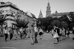 Open air dance class (Theunis Viljoen LRPS) Tags: poland krakow wawelcastle dancelesson
