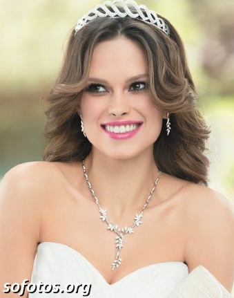 Noiva com tiara cabelo solto