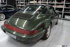 964targa-01 (Wax-it.be) Tags: roof detail reflection green shine convertible porsche gloss cabrio waxing perfection speedster targa detailing 964 swissvax waxit