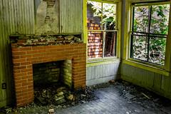 Hearthy (photoMakak) Tags: abandoned decay adirondacks ghosttown ruraldecay adirondack abandonné rurex villefantome photomakak