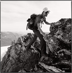 On the way up to the Skruven_Hasselblad (ksadjina) Tags: 6x6 film norway analog norge blackwhite scan severin hasselblad500cm silverfast kodak400tmax 10min adoxaph09 skruven nikonsupercoolscan9000ed carlzeissdistagon40mmf14