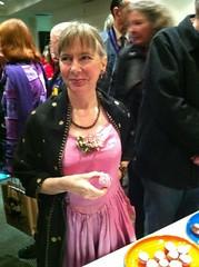 Lucy Sussex_Glitter Rose cupcake