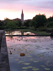 Dusk at Latour-Marliac (latourmarliac) Tags: waterlily waterlilies nnuphar claudemonet aquitaine lotetgaronne nnuphars letemplesurlot latourmarliac