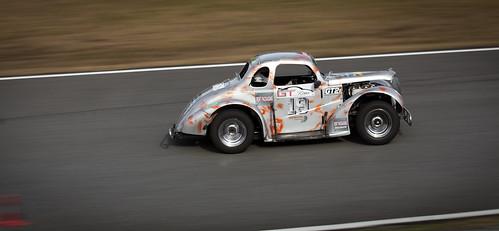 https://www.twin-loc.fr Circuit Pau-Arnos - Le 9 février 2014 - Honda Porsche Renault Secma Seat - Photo Picture Image