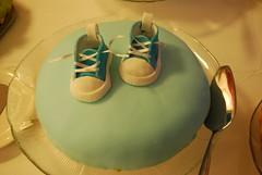 Sneakers on a cake (konde) Tags: cake kakku ristiäiset tossut
