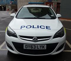 Herts Astra (NW54 LONDON) Tags: vauxhallastra hertfordshirepolice