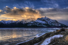 Sunrise on Michener (Len Langevin) Tags: winter sky mountain canada nature sunrise landscape rockies frozen nikon scenery sigma alberta ide rockymountains 18200 d300 abrahamlake outdoorphotography vision:mountain=0695 vision:sunset=0738 vision:car=051 vision:clouds=0951 vision:outdoor=0948 vision:sky=0948 vision:ocean=0849